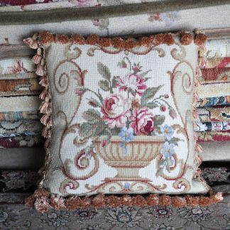 "16"" x 16"" Handmade Wool Needlepoint Roses Urn Flowers Cushion Cover Pillow Case 12980111"