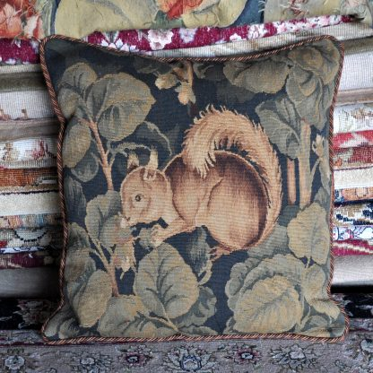 """20"""" x 20"""" Antique Reproduction Gobelins Tapestry Wool Aubusson Squirrel Cushion Cover Pillow Case 12980023"""
