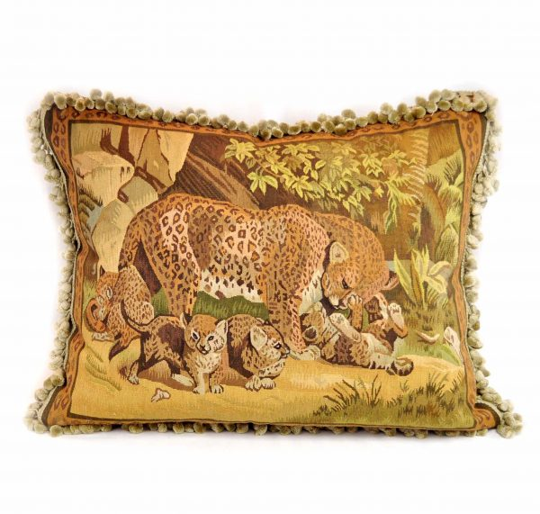 "22""x28"" Hand-woven French Gobelins Tapestry Weave Wool Aubusson Leopard and Cubs Cushion Cover Pillow Case 12980019"