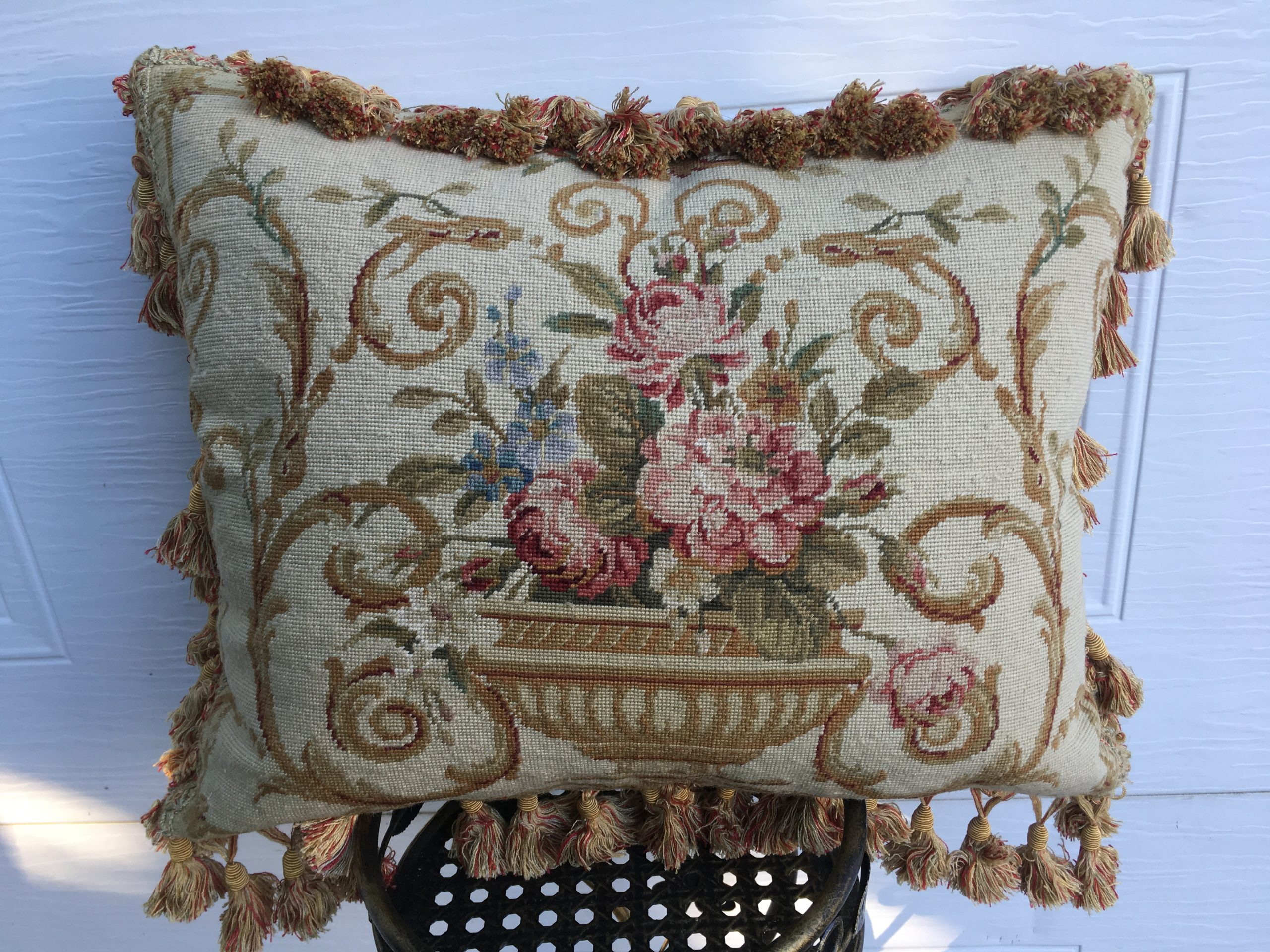 16″ x 20″ Handmade Wool Needlepoint Petit Point Cushion Cover Pillow Case