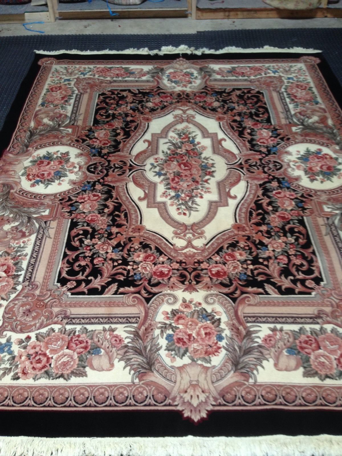"7'8"" x 10'1"" Hand-knotted Ivory Aubusson Oriental Area Rug 12980448 (12)"