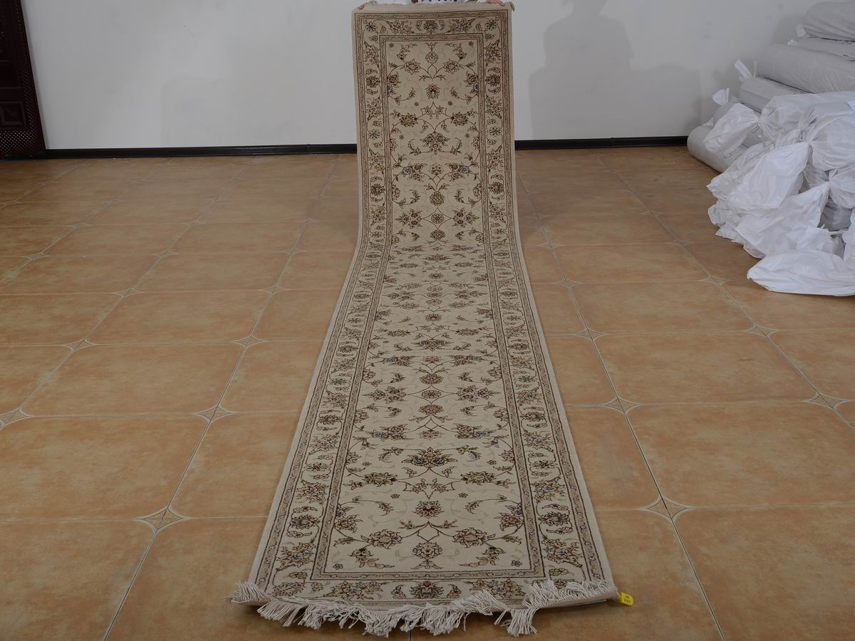 2'6 x 14′ Hand-knotted Brand New Wool and Silk Sino-Persian Tabriz Oriental Area Rug 12980774