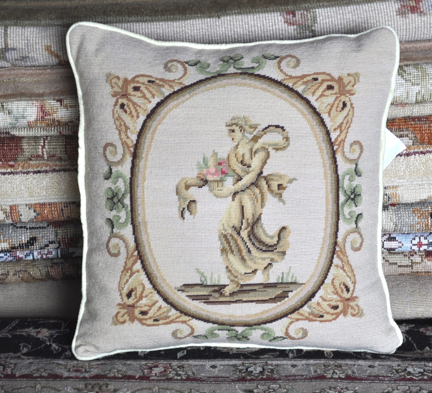 16 x 16 Handmade Wool Needlepoint Petitpoint Angel Cushion Cover Pillow Case 12980896
