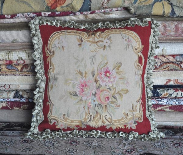 18″ x 18″ Antique French Reproduction Roses Gobelins Tapestry Weave Wool Aubusson Pillow Cover 12980905