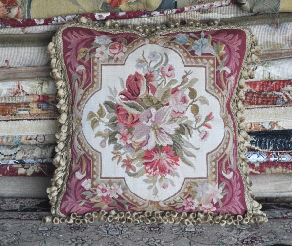 18″x18″ Aubusson Pillow Cover 12980907
