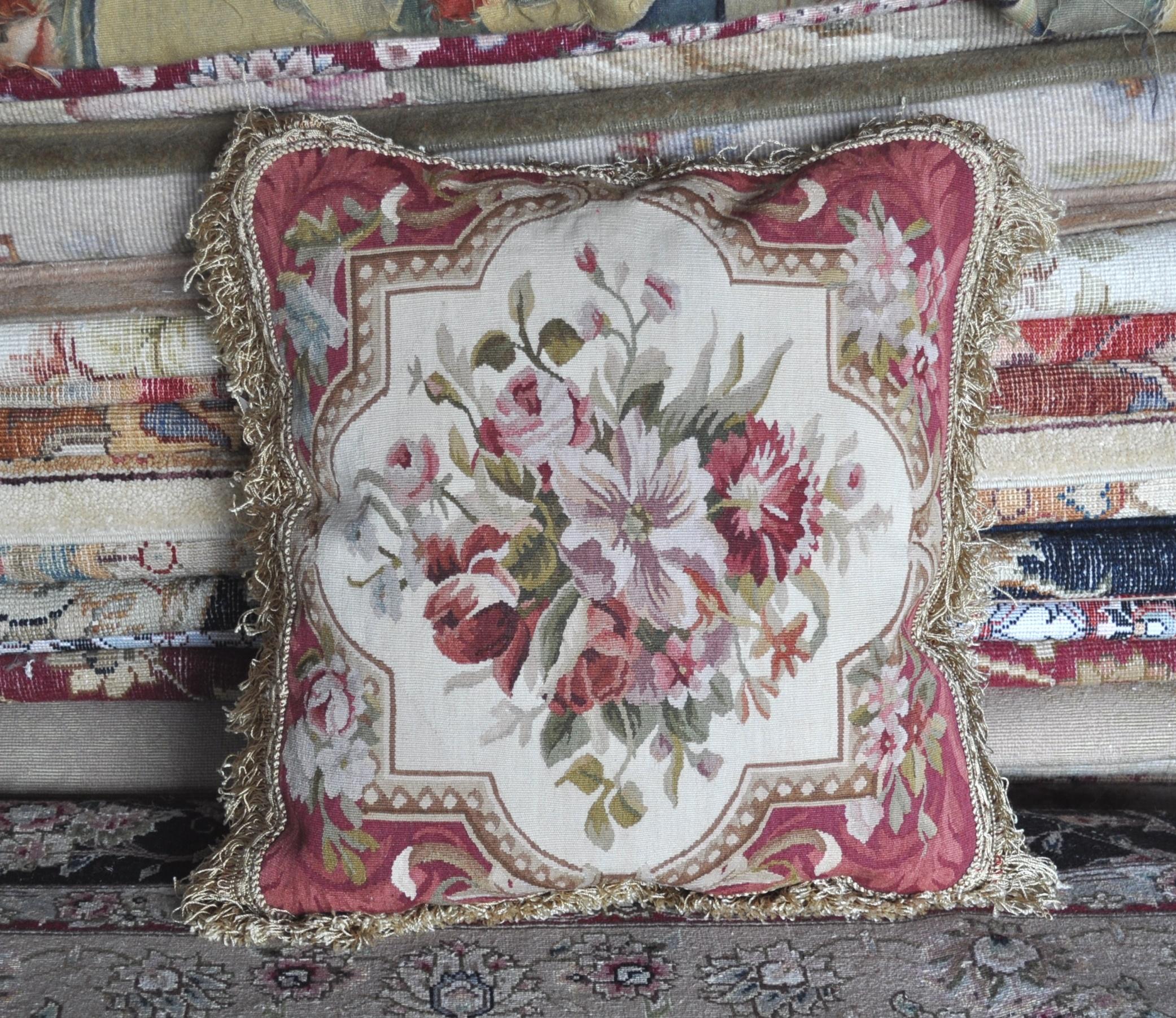 18″x18″ Aubusson Pillow Cover 12980908